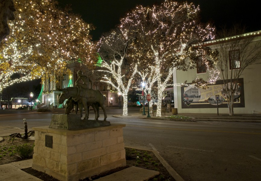 Georgetown TX Lighting Of The Square 2014 | Georgetown TX Real ...